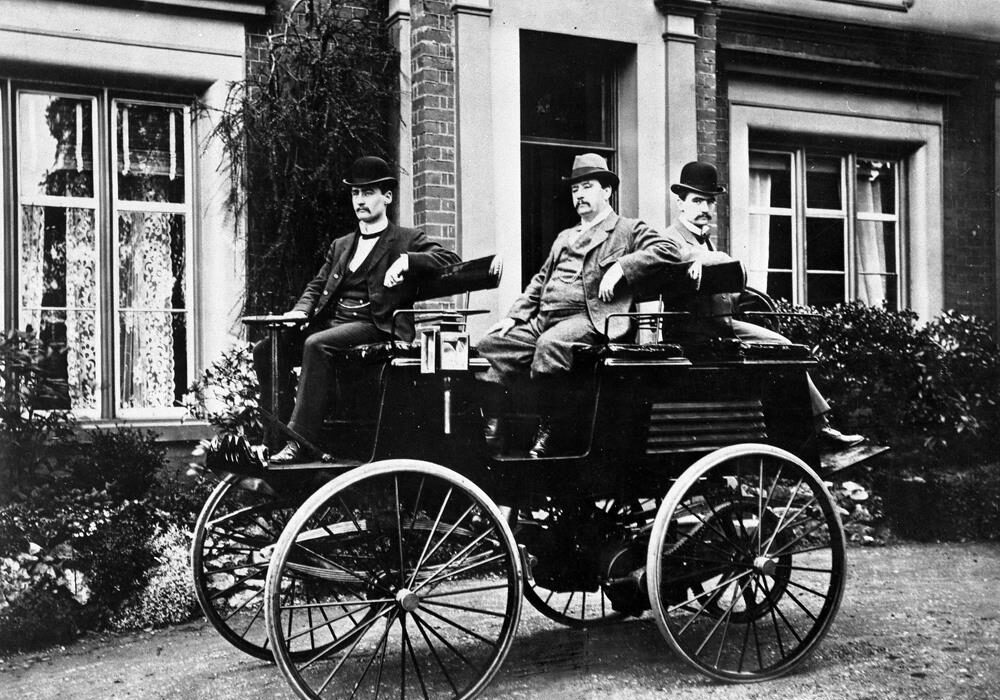 First Electric car 1884